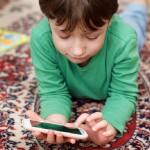 子供が何かと親の言うことに反発する!親はどう対応する?